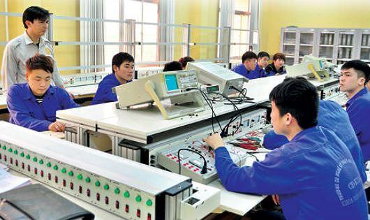 Sắp xếp mạng lưới cơ sở GDNN đảm bảo hoạt động đào tạo nghề nghiệp hiệu quả – kinh nghiệm từ Thành phố Hải Phòng