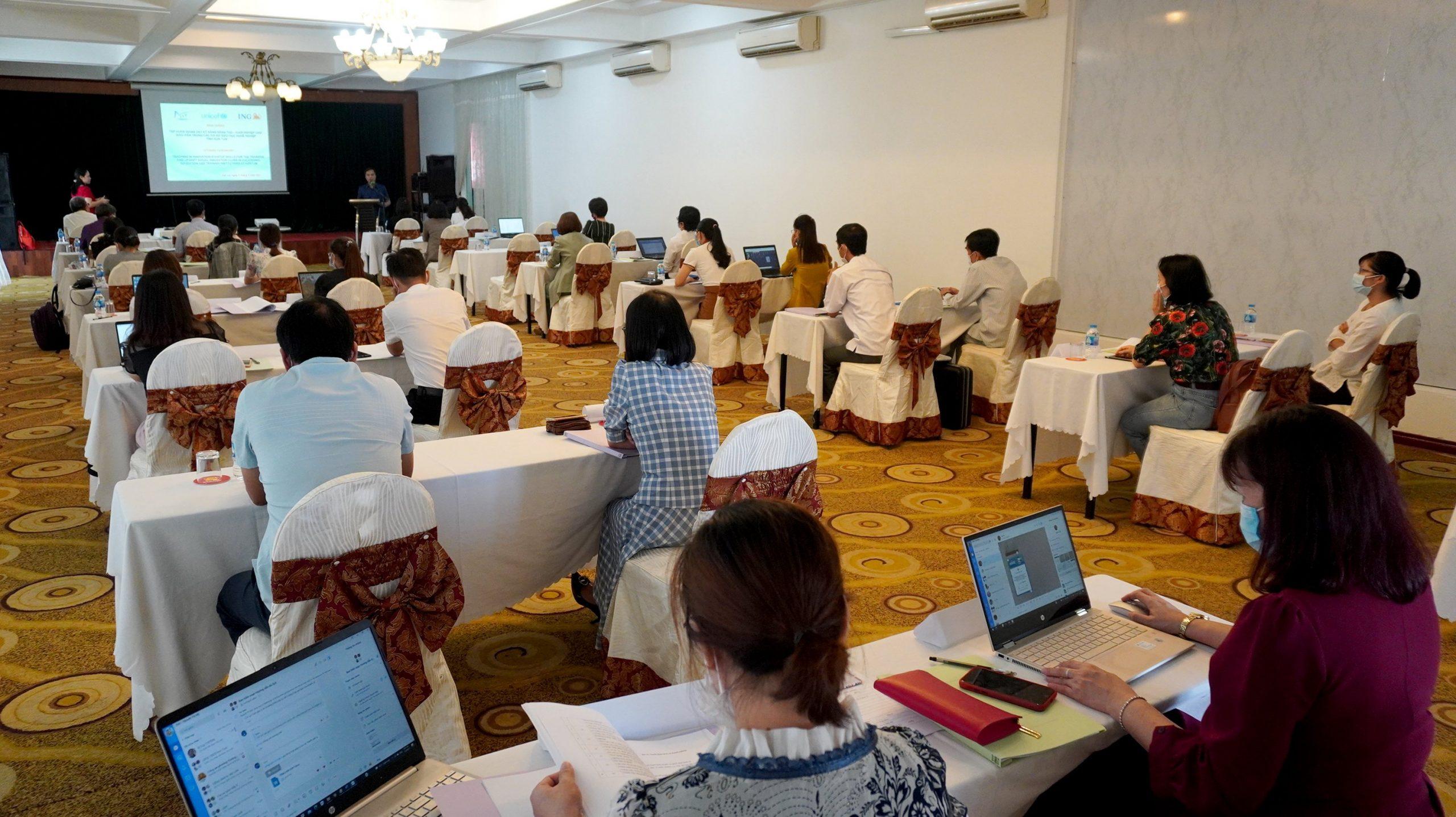 Tổ chức tập huấn về giảng dạy kỹ năng sáng tạo khởi nghiệp cho giáo viên trong các cơ sở giáo dục nghề nghiệp tỉnh Kon Tum
